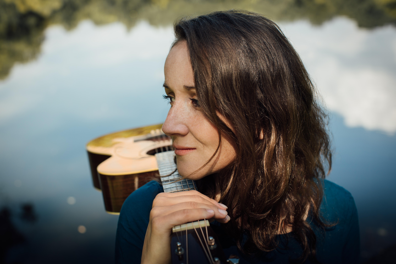 FRANZISKA GÜNTHER ( D) - Frischer Singer/Songwriter-Folk ...