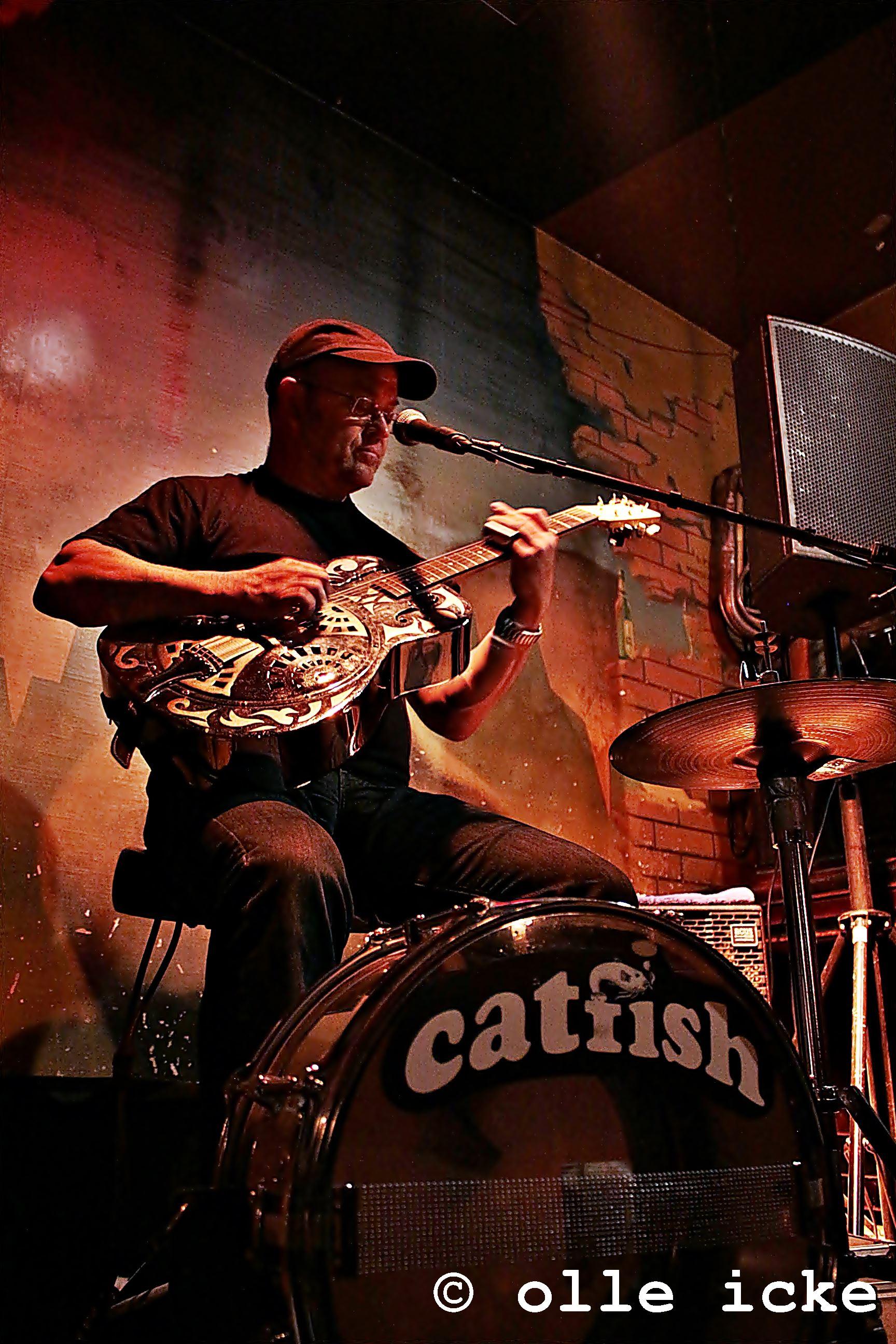 catfish - one man band - blues & rock\'n\'roll - Kulturcafe M - die ...